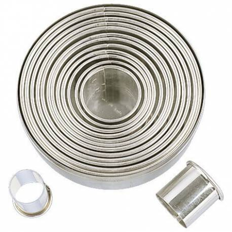 Coffret 14 Emporte pièces métal ROND Städter