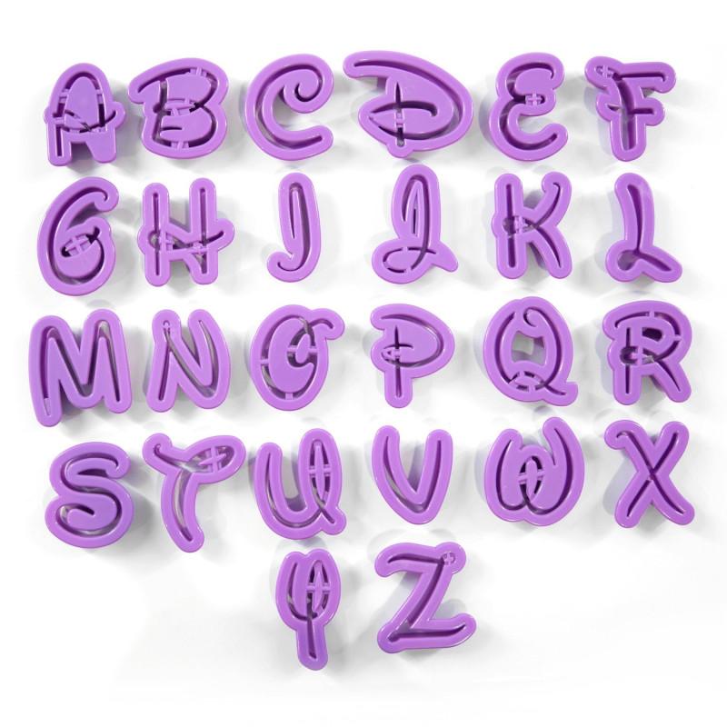 26 Découpoirs Alphabet Disney Grand Modèle