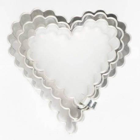 Set of 3 cores corrugated hearts Cutters set