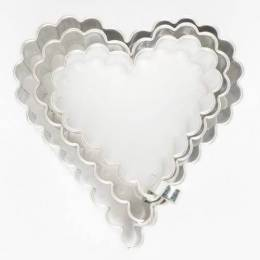 Set of 3 wins piece fluted hearts