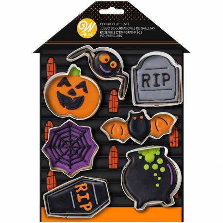Set of 7 Halloween cutters WILTON