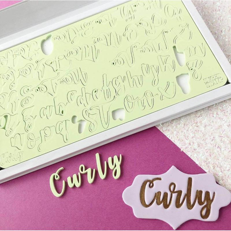 Letras mayúsculas y minúsculas en relieve Sweet Stamp Curly