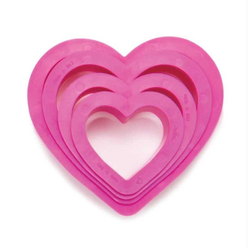 Juego de 4 cortadores de galletas en forma de corazón