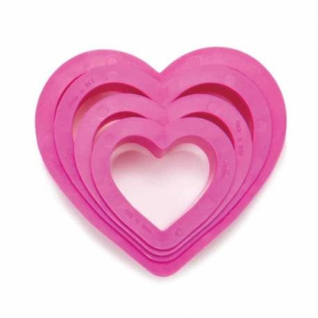 Set of 4 heart shaped cookie cutters