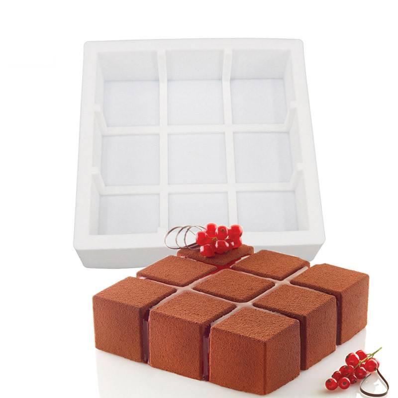 Moule gâteau carré et cubes