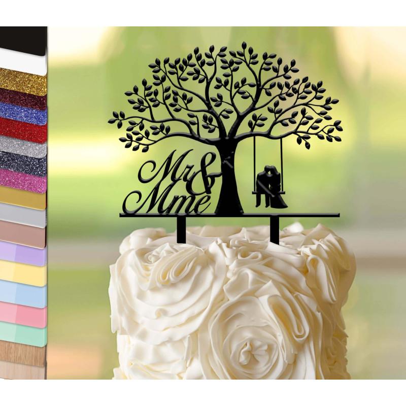 Topper pastel de boda personalizado bajo el árbol