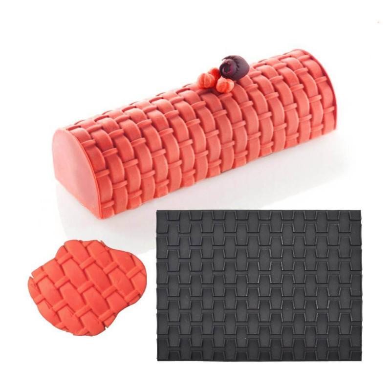 Woven basket print carpet
