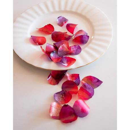 Red and purple edible rose petals