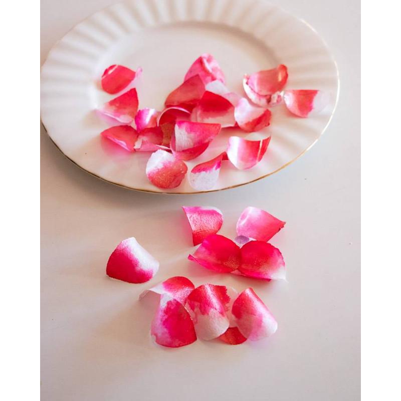 Pétalos de rosa comestibles de color rosa cereza y blanco