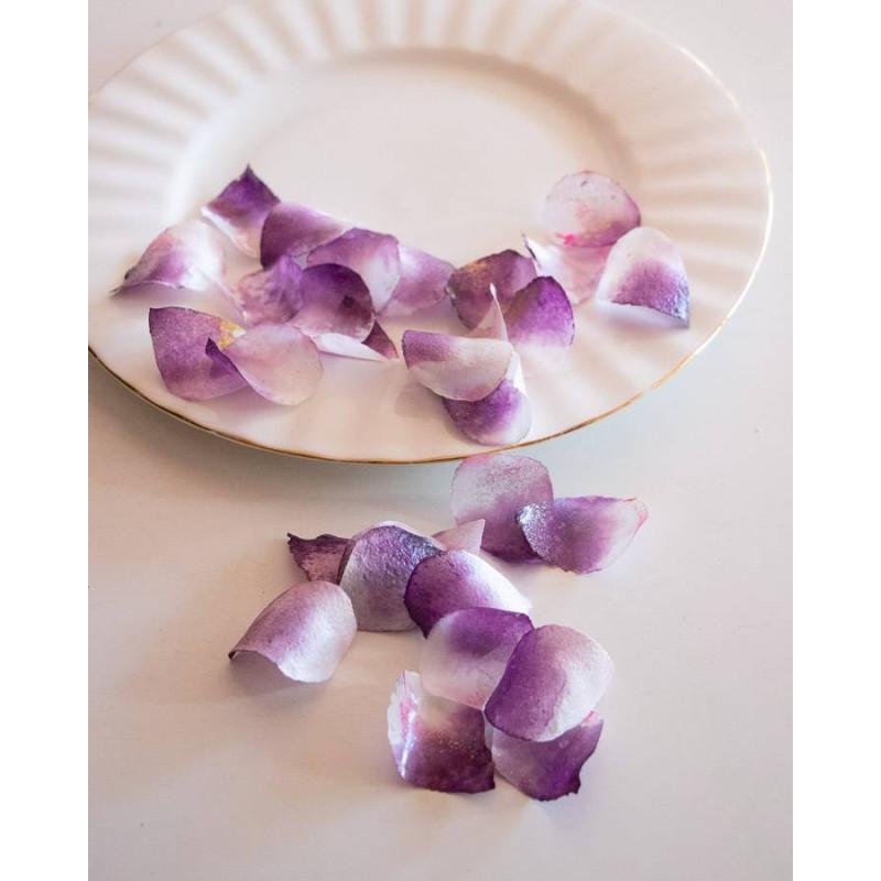 Pétalos de rosa comestibles púrpuras y blancos