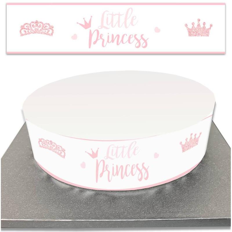 Un bosquejo de pastel de azúcar para la fiesta de cumpleaños de una niña