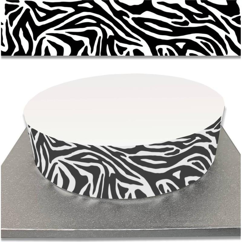 Sugar cake contour with zebra decoration