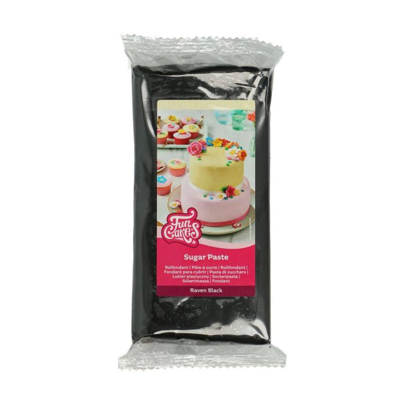 Sugar paste Funcakes BLACK 1 KG